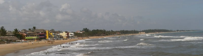 Mahabalipuram beach, the tourist lodge on the left
